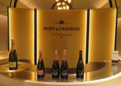 tour-of-moet-chandon-champagne-cellars