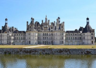 chambord ; castle ; tourism ; tour ; loire ; loire valley ; wine tour ; wine ; from paris ; wine ; oenotourism
