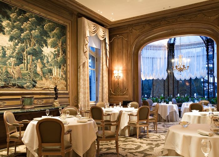 Restaurant and gastronomy in Champagne during a luxury wine day tour to Champagne