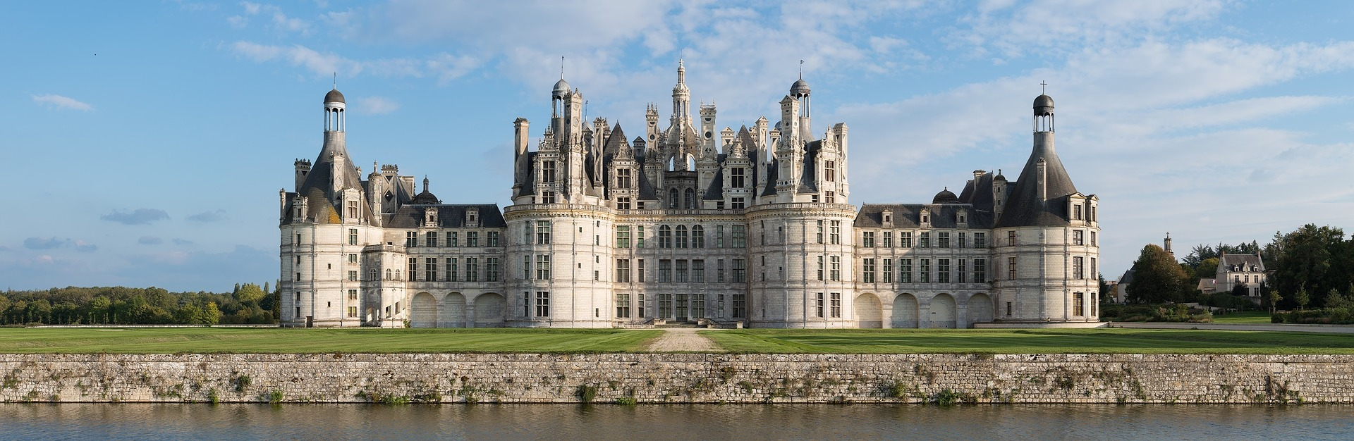 castle of Chambord Top 5 reasons to go to Loire Valley