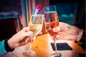 Champagne-glasses-cheers-whitewine-rose-wine-bubbles
